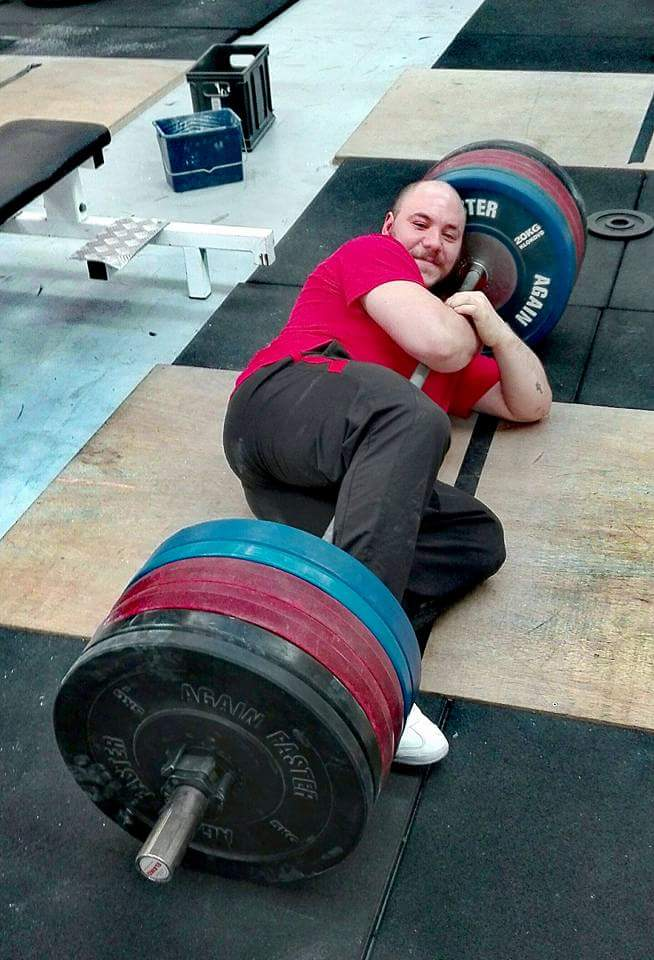 Jonathan-kocabas-belgique-powerlifter-champion