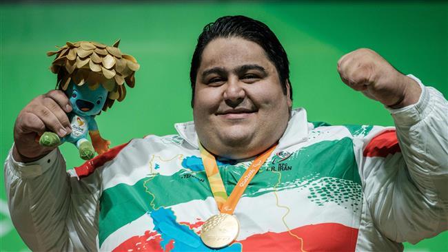 Siamand-Rahman-Rio-2016-halterophilie-handisport