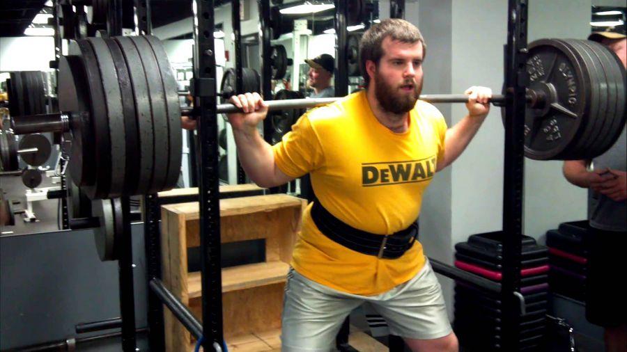 greg-nuckols-squat-record-du-monde-powerlifting-ipf