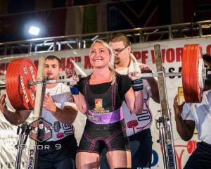interview-marte-elverum-femme-fille-championne-ipf-powerlifting-raw