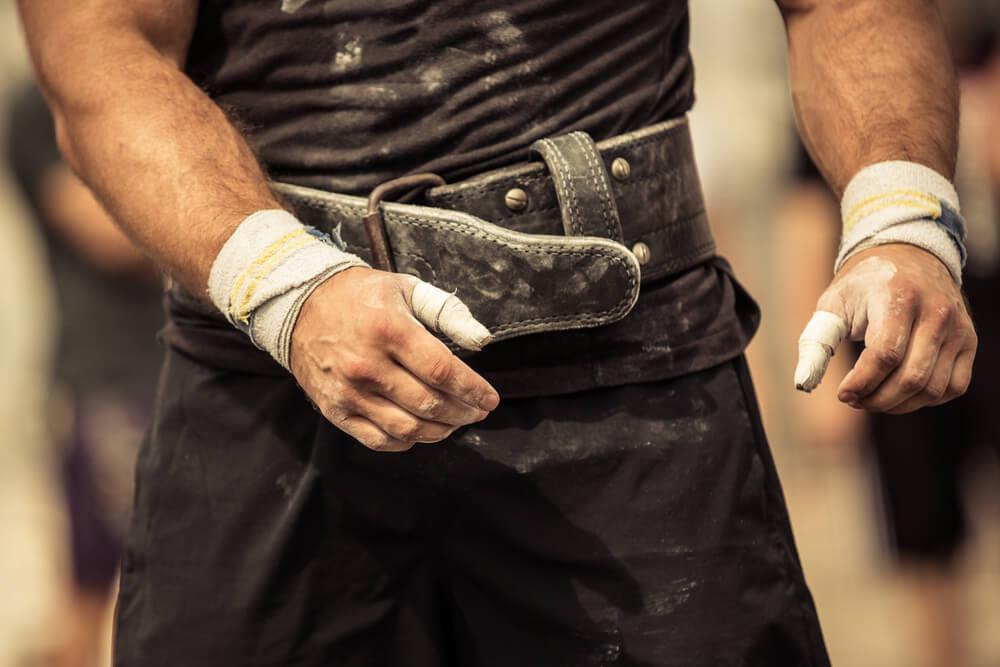 L'usage de la ceinture de force en force athlétique