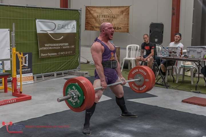 Jonathan-kocabas-belgique-powerlifter-deadlift