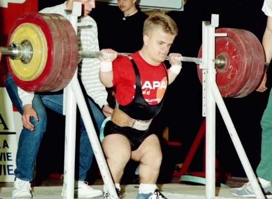 facteurs-genetiques-determinant-la-force-STANASZEK-powerlifter-nain-leviers-force-athletique