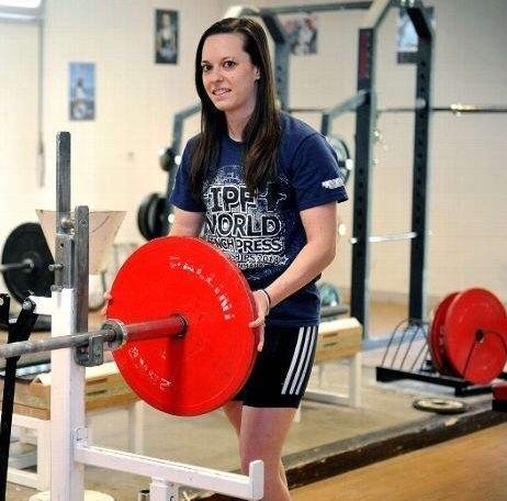 audrey-mingot-force-athletique-entrainement-powerlifting-powerliftingmag