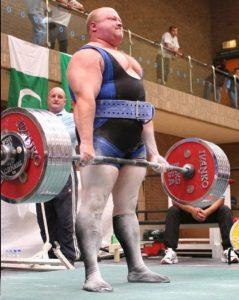 memoire-musculaire-IPF-champion-du-monde-opwerlifting-Dean-Bowring-anglais-deadlift-powerliftingmag-